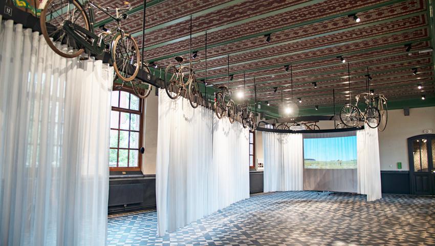 Koers / WIelermuseum Roeselare / Atento