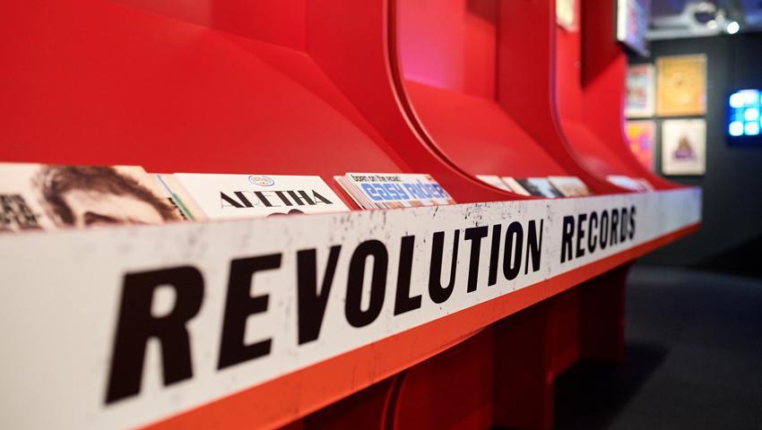 Revolutions, ING - Atento bvba